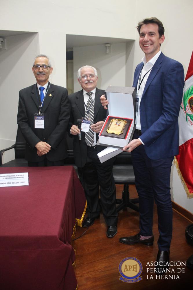 96-asociacion-peruana-de-hernia